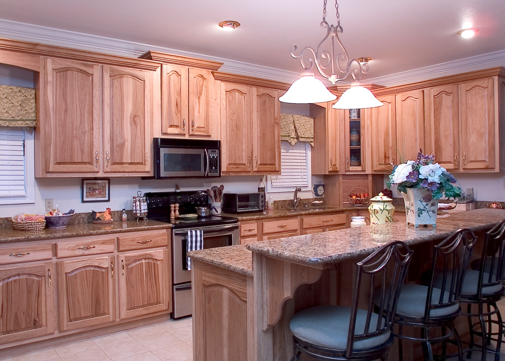 Hickory Kitchens - Wood Hollow Cabinets