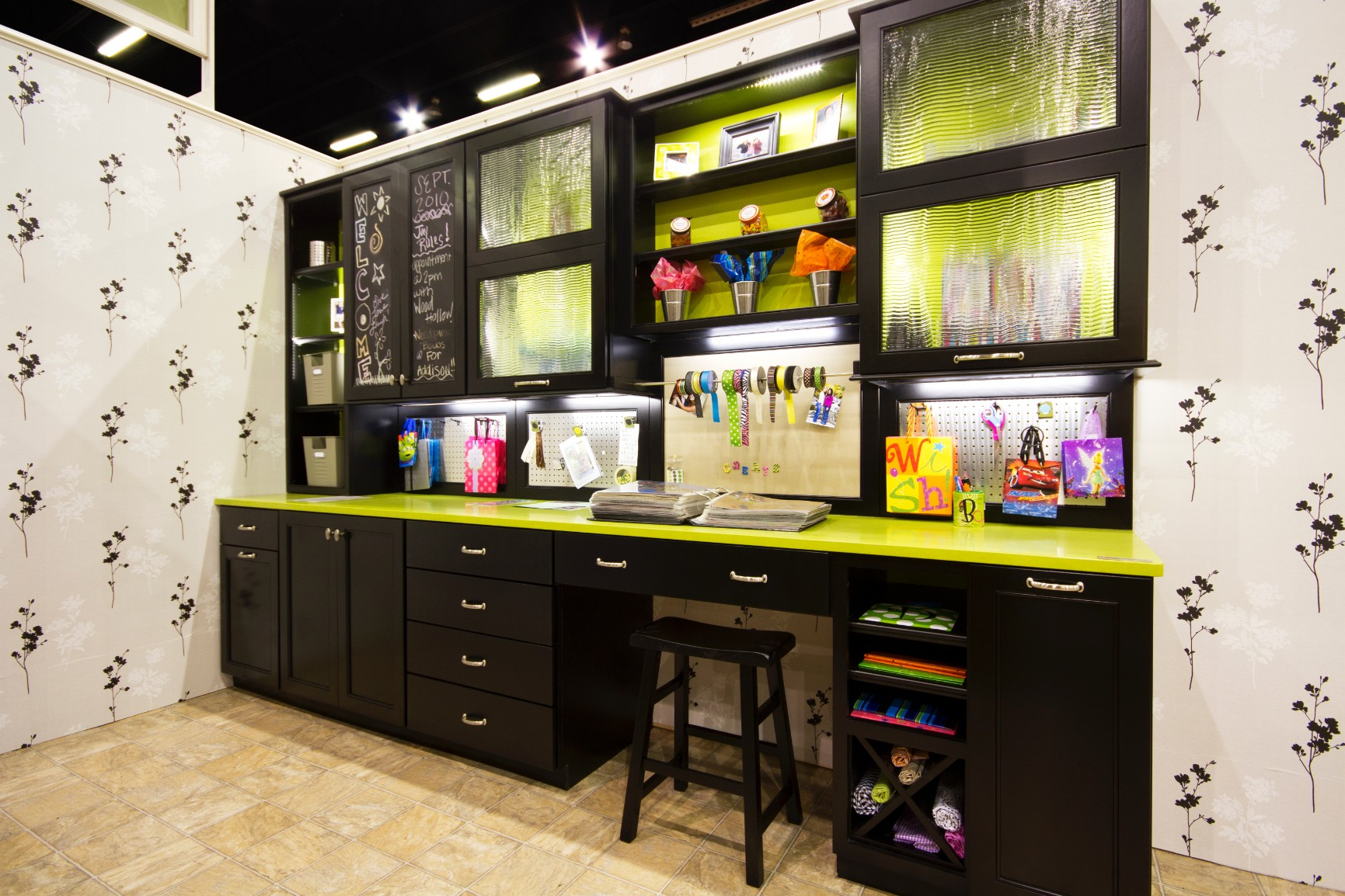 Wood Hollow Cabinetsu0027 Mudroom And Laundry Rooms Are Built With You And Your  Family In Mind. We Design Each Room To Be Stylish While Maintaining Maximum  ...