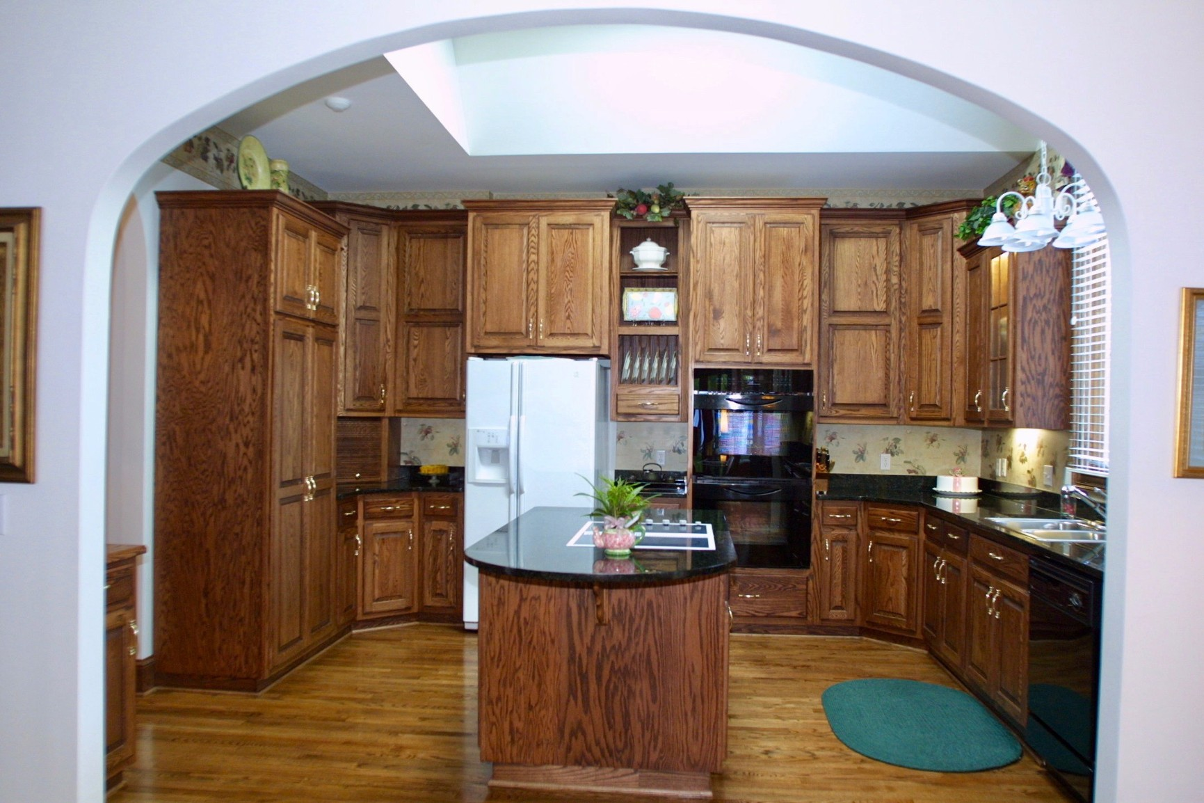wood hollow cabinets oak kitchens wood hollow cabinets 29393